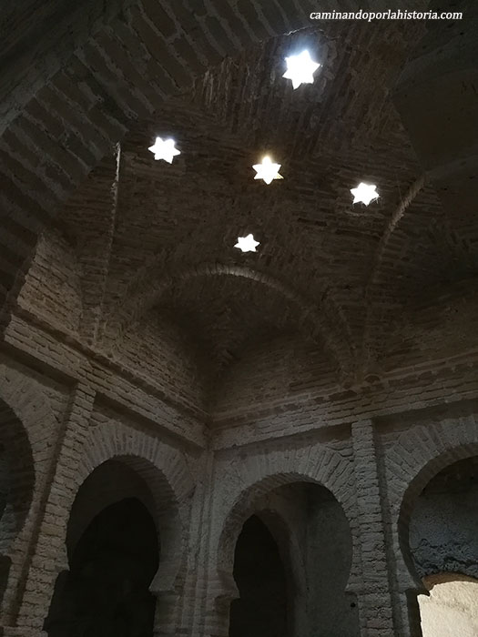 Baños árabes del Alcázar de Jerez, son pocos los vestigios que quedaron, pero excelentes.
