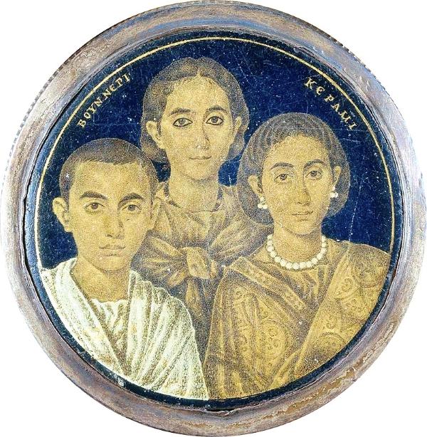 Valentiniano III, junto a su hermana y su madre Gala Placidia