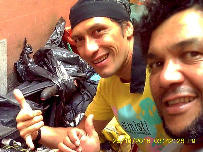 bike juan 3 - Viajante solitário da Colômbia. Juan Colombiandantes.