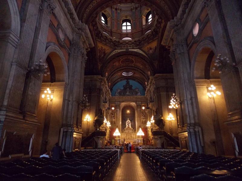 conhecendo o centro foto do altar central - Museu do Amanhã e centro do Rio de janeiro. Lindo.