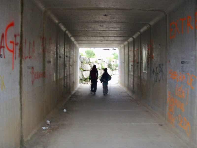 605スペイン巡礼 トンネル12 サンティアゴ Santiago