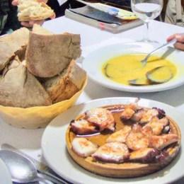 606サンティアゴ Santiago Camino バル タコパンスープ