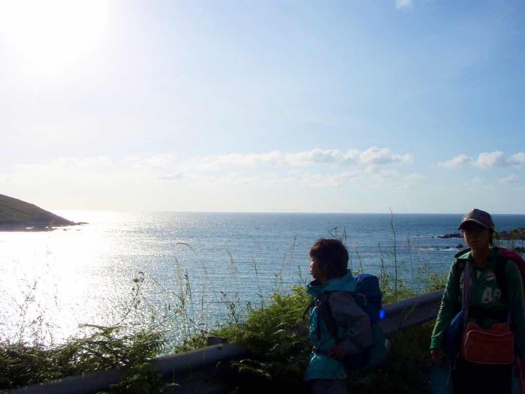 613ムシア サンティアゴ巡礼 最終地Muxia 海2シルエット 2シルエット