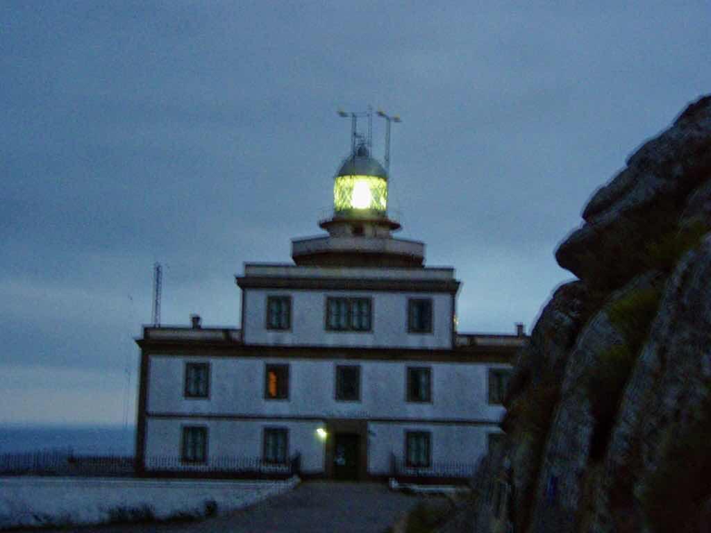 612 fisterra sunset37 サンティアゴ巡礼 灯台