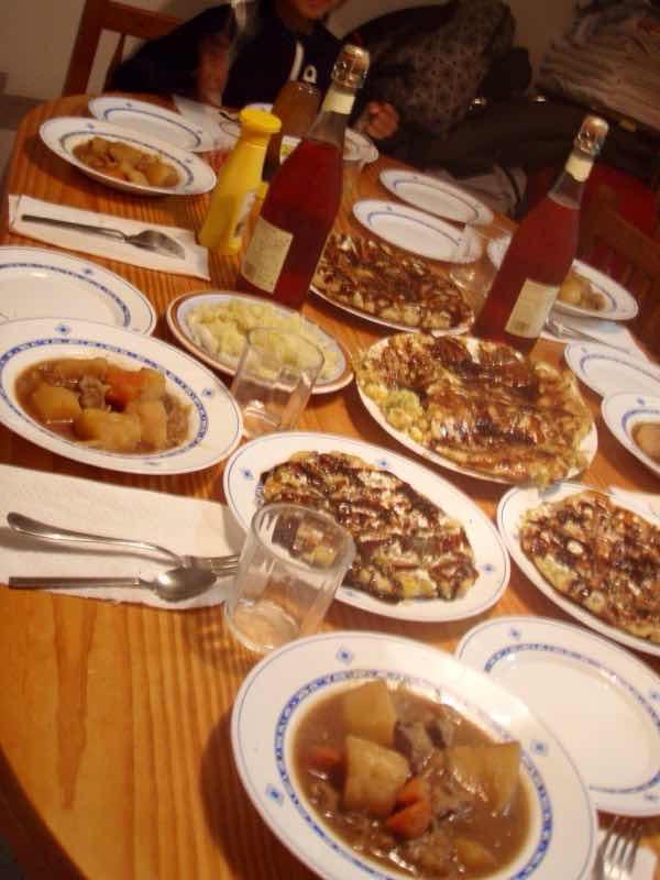 618メノルカ島Menorca ホセ家お好み焼きテーブル