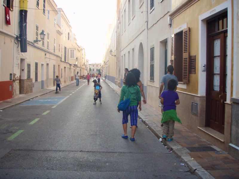 623メノルカ島 サン•フアン 馬祭り Menorca シウタデラ街歩き歩道