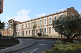 Military residence in Avenida Rei