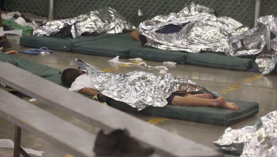 Trump da marcha atrás. Suspende separación de familias.