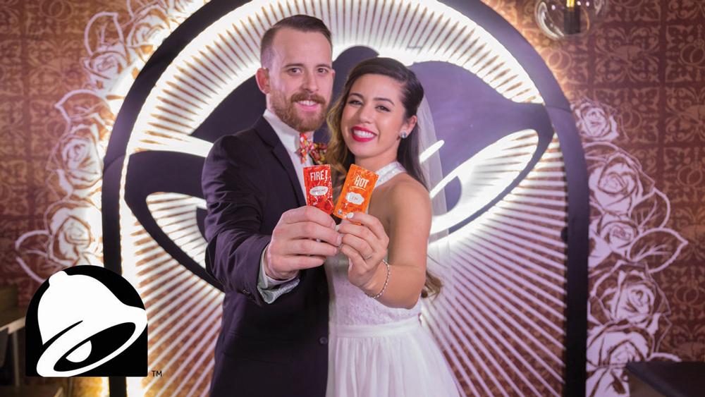 ¡Casamientos en el Taco Bell de Las Vegas! ¡Insólito!