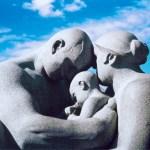 E' VERO CHE ESSERE GENITORI è IL MESTIERE PIU DIFFICILE DEL MONDO? di Caroline Mary Moore