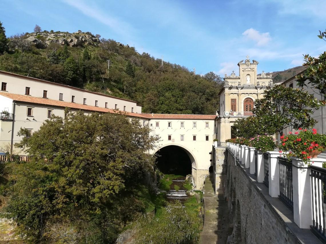23. Santuario di Paola.jpg