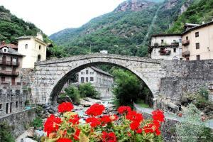 Pont Saint Martin Via Francigena