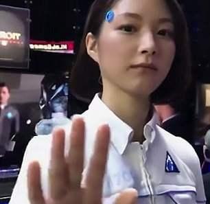 Nhiều người lầm tưởng robot này là người thật vì vẻ ngoài vô cùng xinh đẹp và có sức sống.