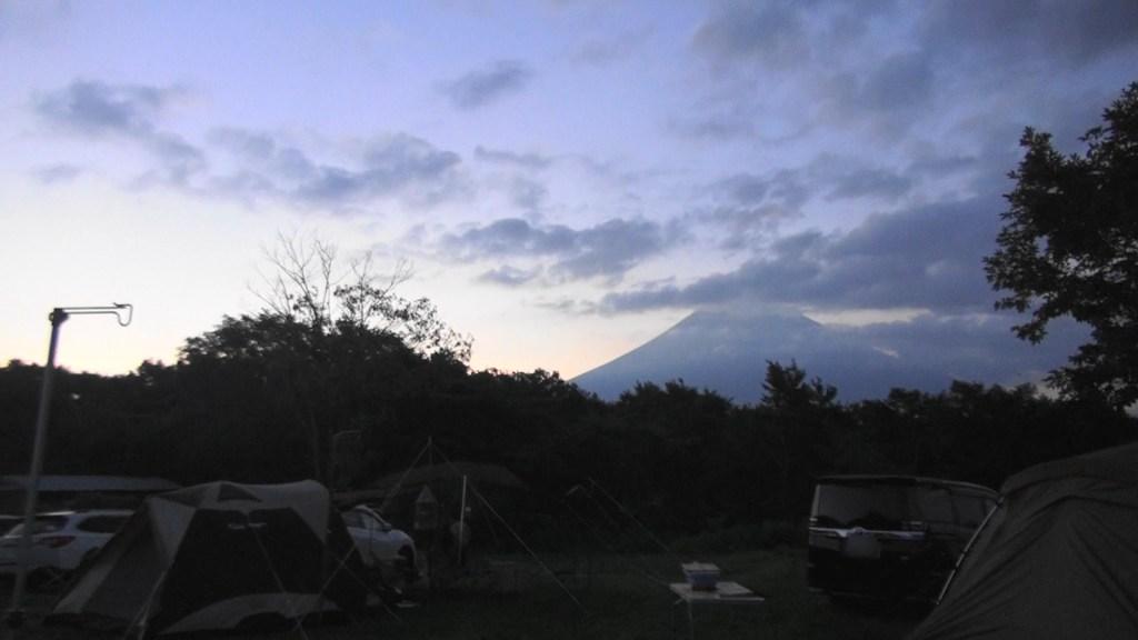 朝霧ジャンボリーオートキャンプ場 早朝