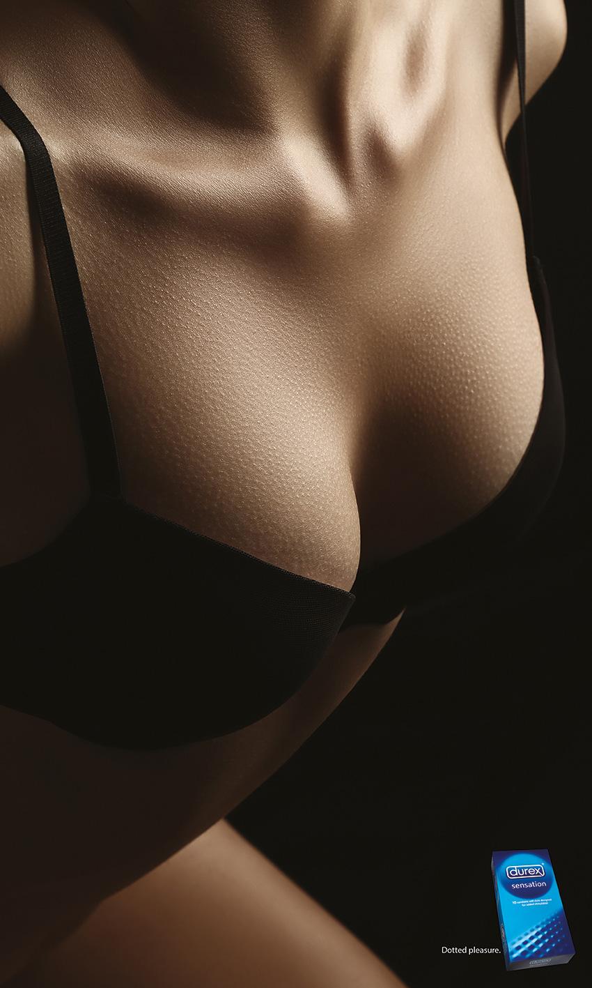 Durex-dotted-pleasure-Cleavage-cotw