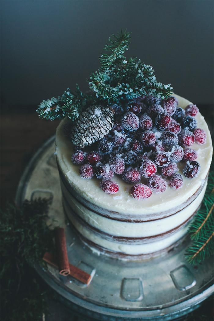 4-creative-christmas-cakes