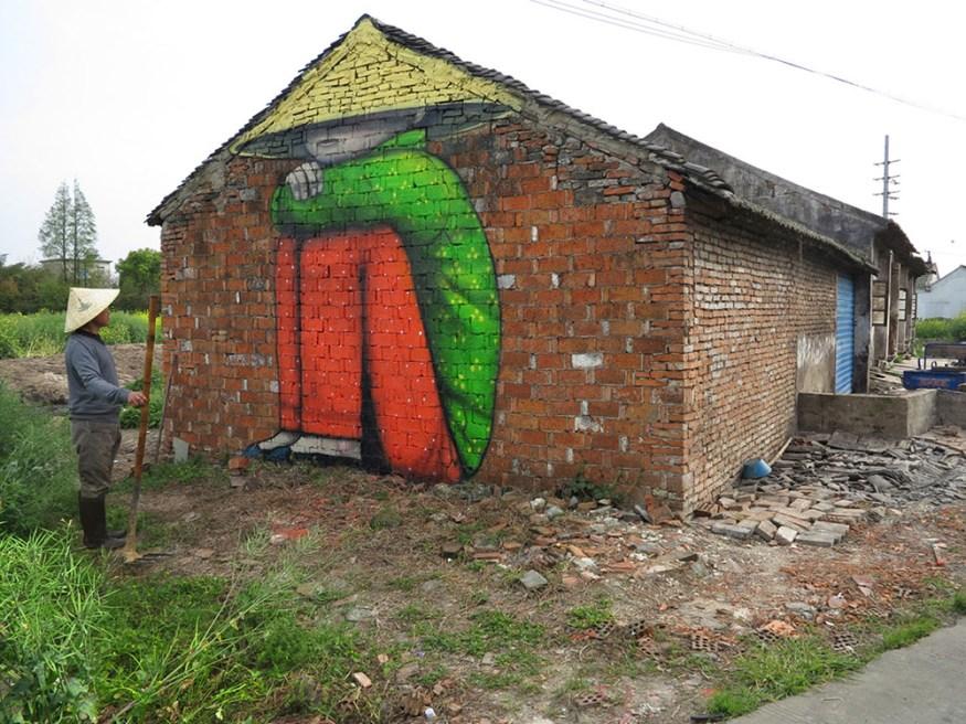 Murals-of-Faceless-Figures-Seth-3-cotw