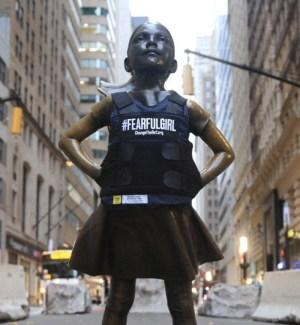 Fearless Girl transform into a Fearful Girl   #FearfulGirl