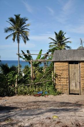 Casa em área retomada, 2012, por Daniela Alarcon.