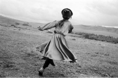 running girl claudine doury