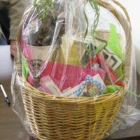 Part 2: {the lowdown on even more} Fantastic, Affordable Gift Baskets