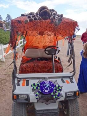 Decorated golf cart at Jellystone Park Larkspur; just one of many contests their guests will enjoy.