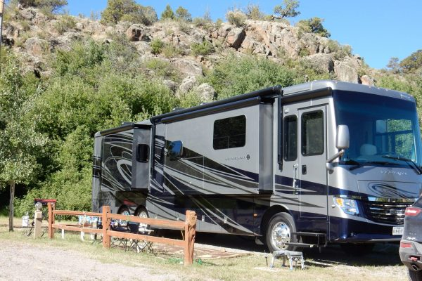Ute Bluff Lodge (South Fork CO) RV site
