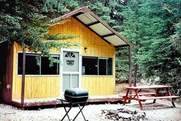 Rent a quite cabin at Woodlake Park in Lake City