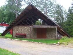 Chapelle ou salle communautaire - vue entrée 3 mats