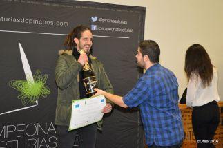 """CAMPEÓN DE ASTURIAS / MONTERA PICONA DE ORO 70 RTE. CIUDADELA (Gijón) Pincho """"Ropa Vieya"""""""
