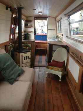 Badass DIY Camper Van15