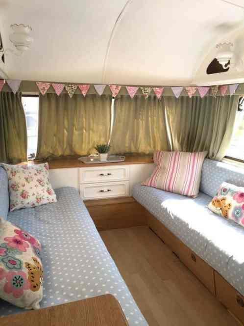 Mobile Rik Built A Homemade DIY Truck Camper02