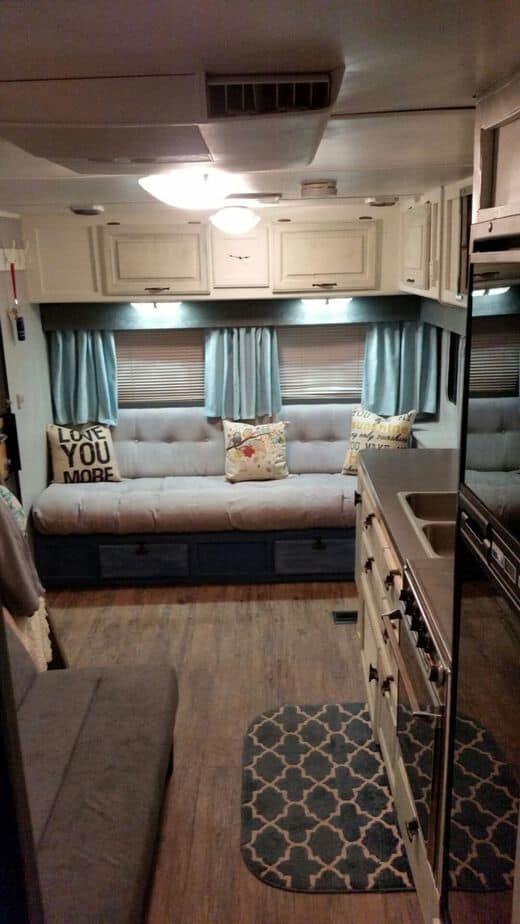 Ordinaire Decorating RV Interior27