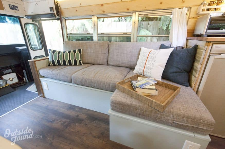 24 Best Short Bus Camper Conversion Ideas