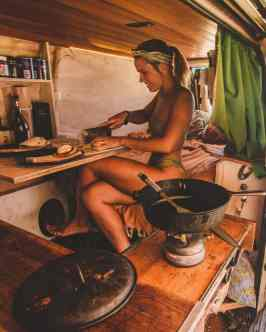 Van Camping 13