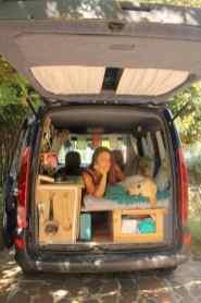 Van Living 6