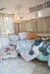 Camper Bedroom 21