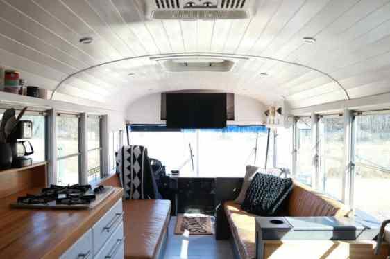Bus Remodel 14