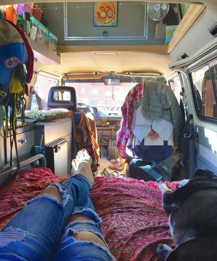Van Living 22