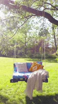 Hammocks & Swings 7