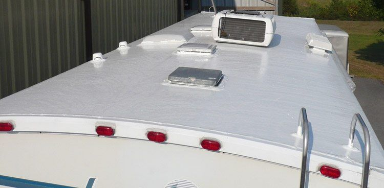 Rv Roof Maintenance 17 Simple Guide Camperism