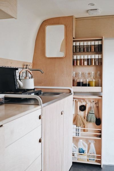 10 Quick Tips Regarding Creative Camper Remodeling Ideas