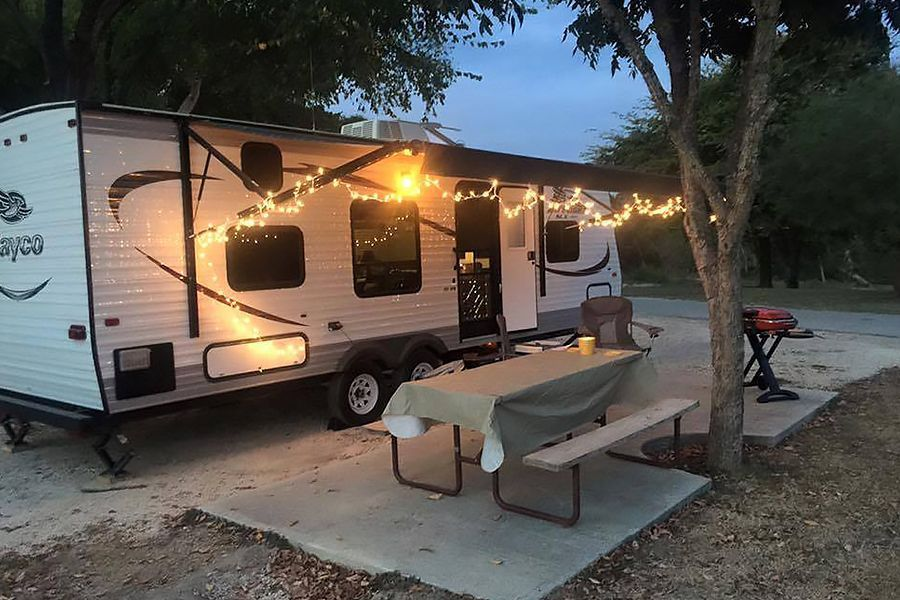 13 Camper Decorating Ideas You Need to See