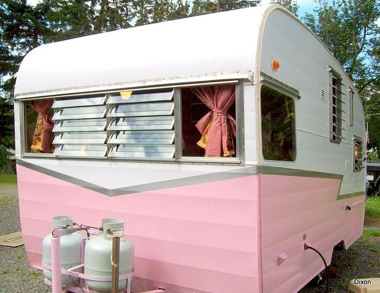 13 Awesome Vintage Trailers