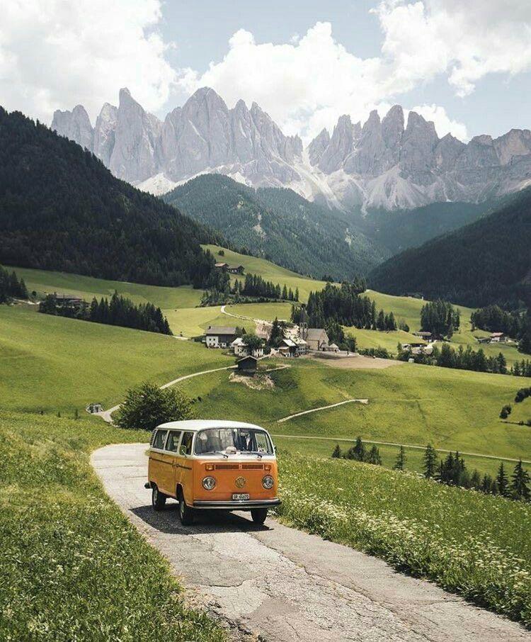 Volkswagen Van Nuys >> 13 Volkswagen Vans Classics Camperlife