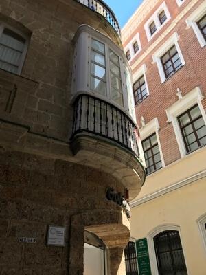 Viva España, riep de winkelier vanaf dit balkon en werd toen doogeschoten.