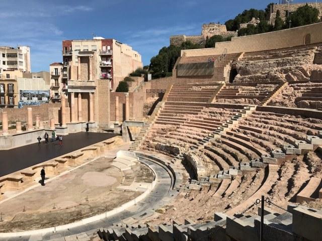 Het blootgelegde Romeinse theater.