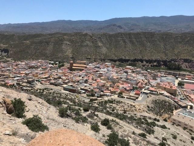 Tabernas gezien vanaf het hooggelegen kasteel.
