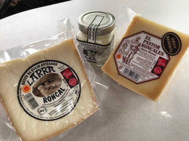 Roncal-kaas, een beschermd merk sinds 1981. De kaas zit tegenwoordig ook in een potje.