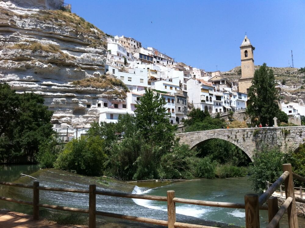 Nog zo'n geheimtip onderweg is Alcalá de Júcar.